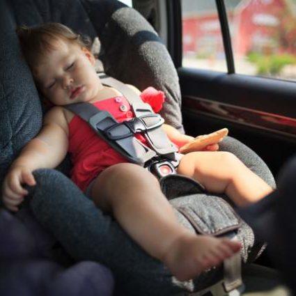 baby-sleeping-car-seat