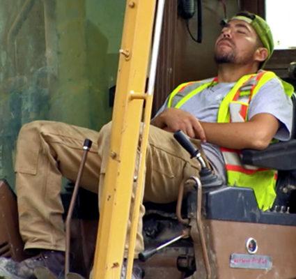 sleeping_excavator_operator_495x400